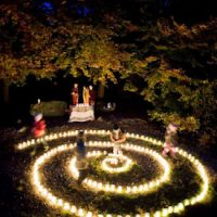 Harfenspiel an der Feuerspirale